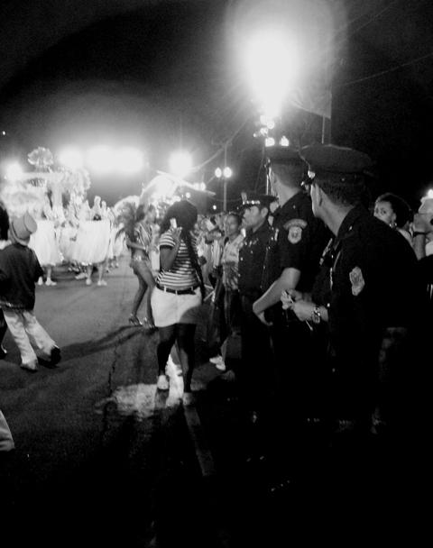 carnaval-de-curitiba-2009-328-copia